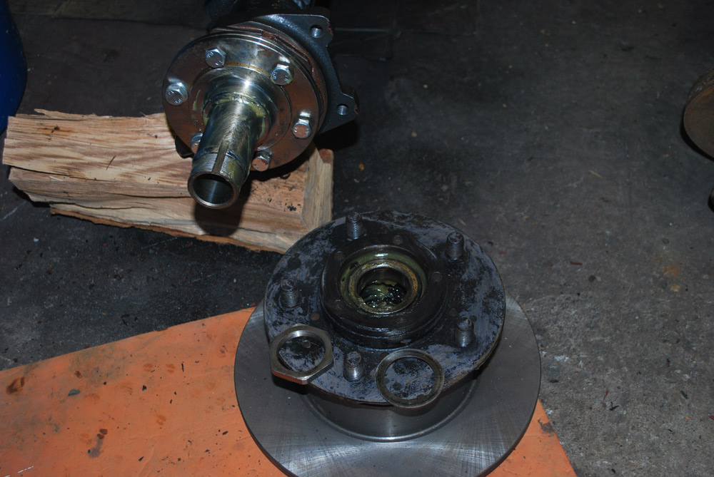 Land Rover Salisbury Axle Disc Brake Conversion – Land Rover Blogger