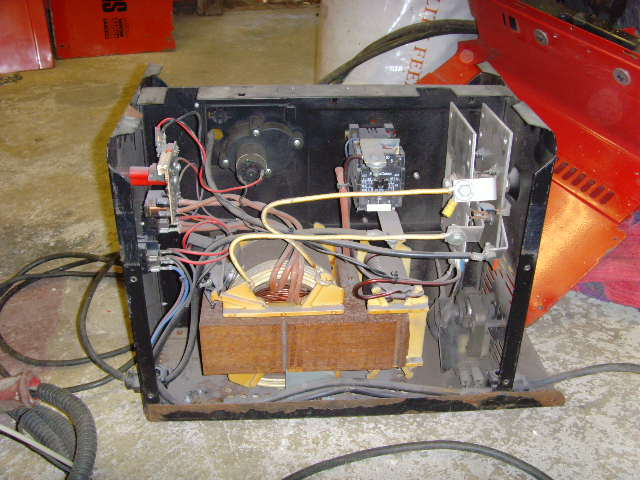 SNV30039 land rover blogger a guide to mig welders oxford welder wiring diagram at arjmand.co